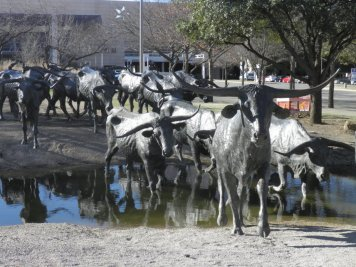 Cattle Drive Pioneer Plaza