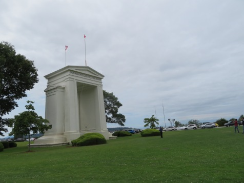 Peace Arch BC side